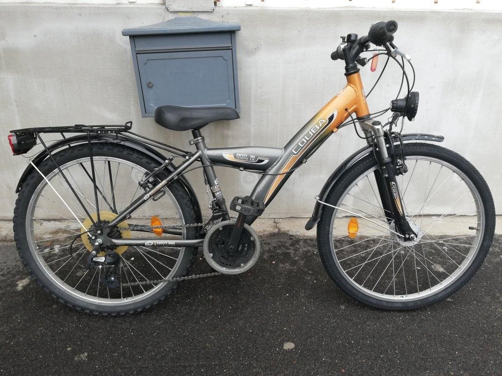 Újszerű COUBA 24″ aluvázas agydinamós kerékpár!