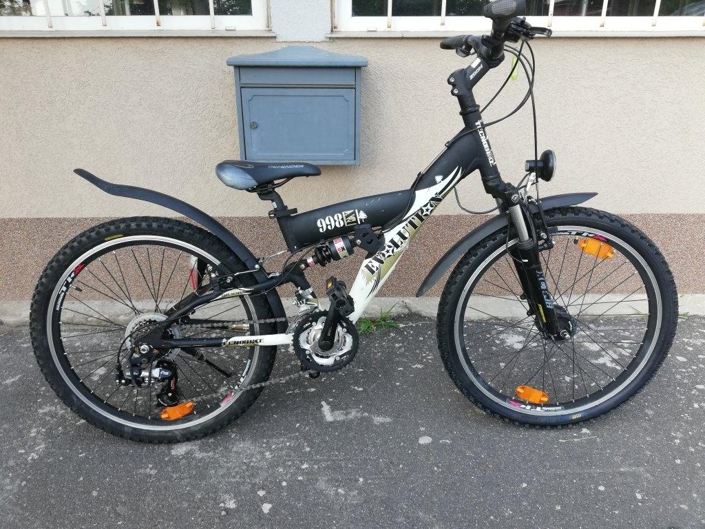 Újszerű EVOLUTION 998 24″ aluvázas agydinamós kerékpár!