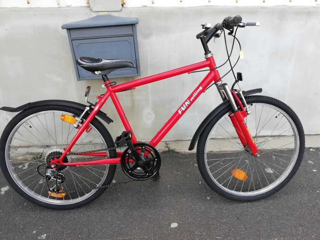 Újszerű FUN rolling 24″ ffi kerékpár!