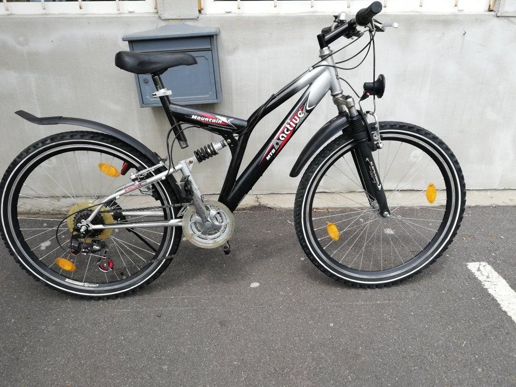 MOUNTIN AQCTIVE 26″ őszteleszkópos kerékpár!