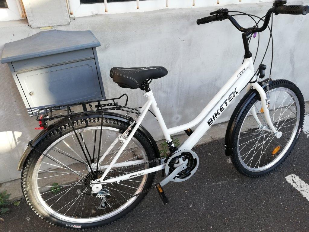 Új Biketek Oryx 26″ Női fehér kerékpár!