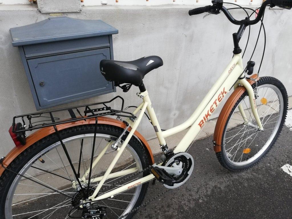 Új Biketek Oryx 26″ Női krém kerékpár!