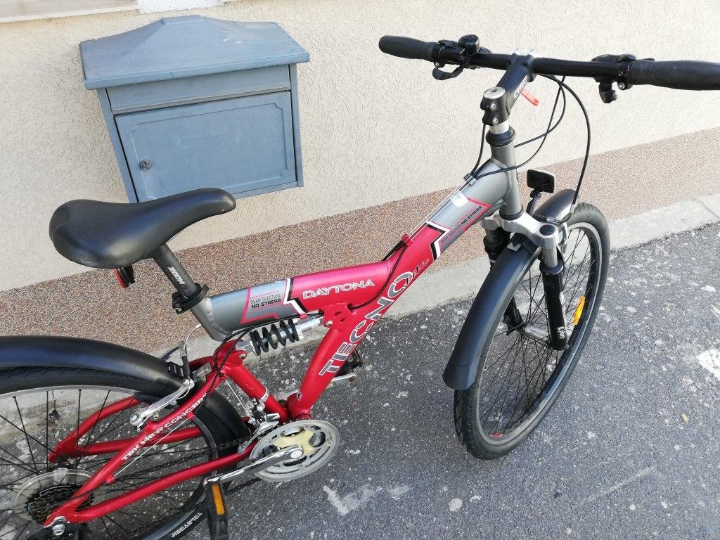 Újszerű TECNO DAYTONA 26″ őszteleszkópos aluvázas kerékpár!