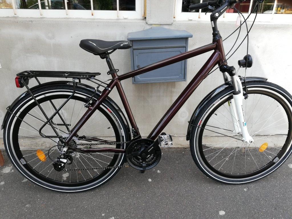Új Barna metál 28″ ffi aluvázas kerékpár!