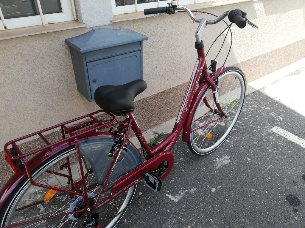Új Capriolo Diena 28″ Női bordó kerékpár!
