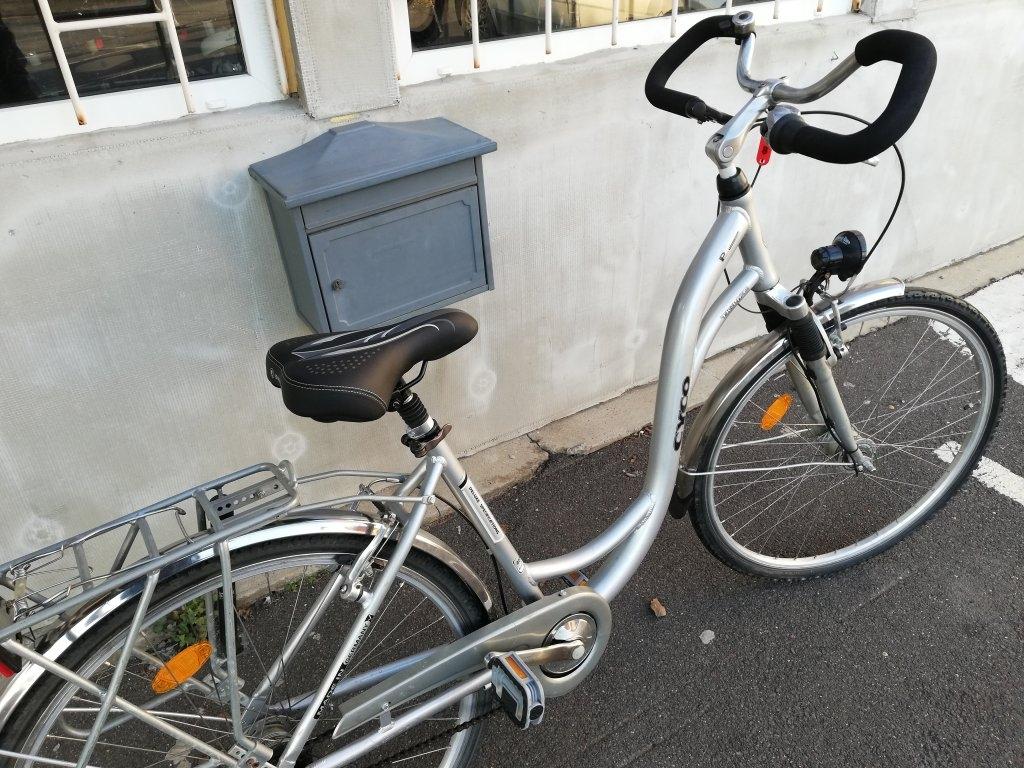 Újszerű CYCO 28″ Női aluvázas agyváltós agydinamós kerékpár!