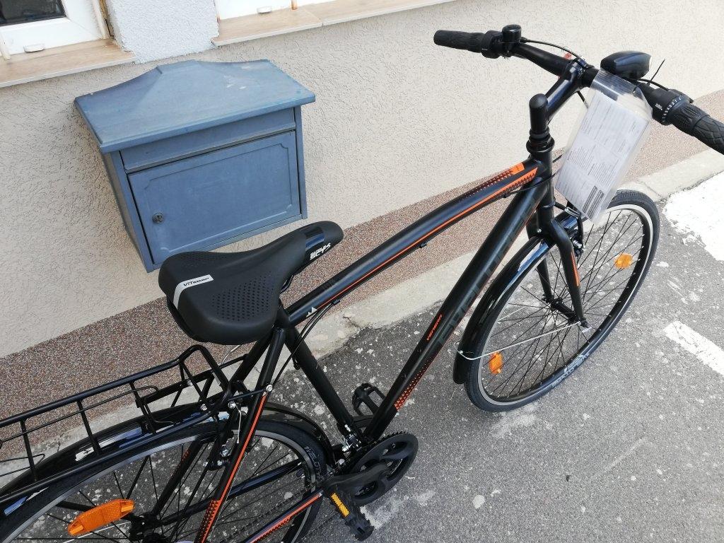 Új EXPLORER VENERA 28″ ffi kerékpár!