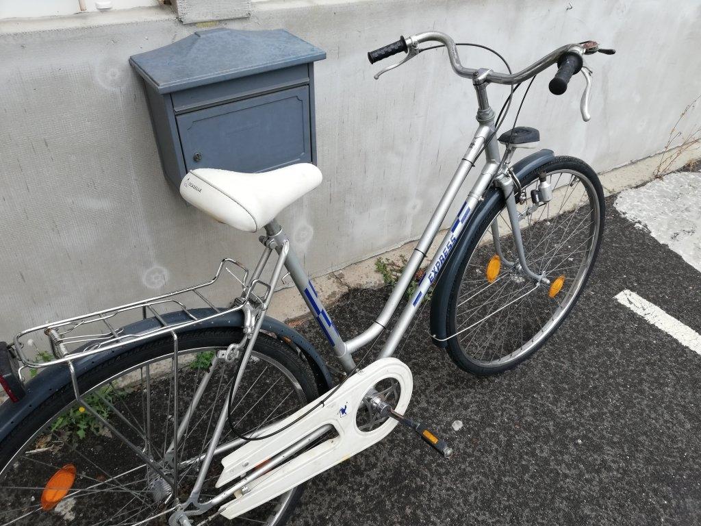 EXPRESS 28″ Női agyváltós kerékpár!