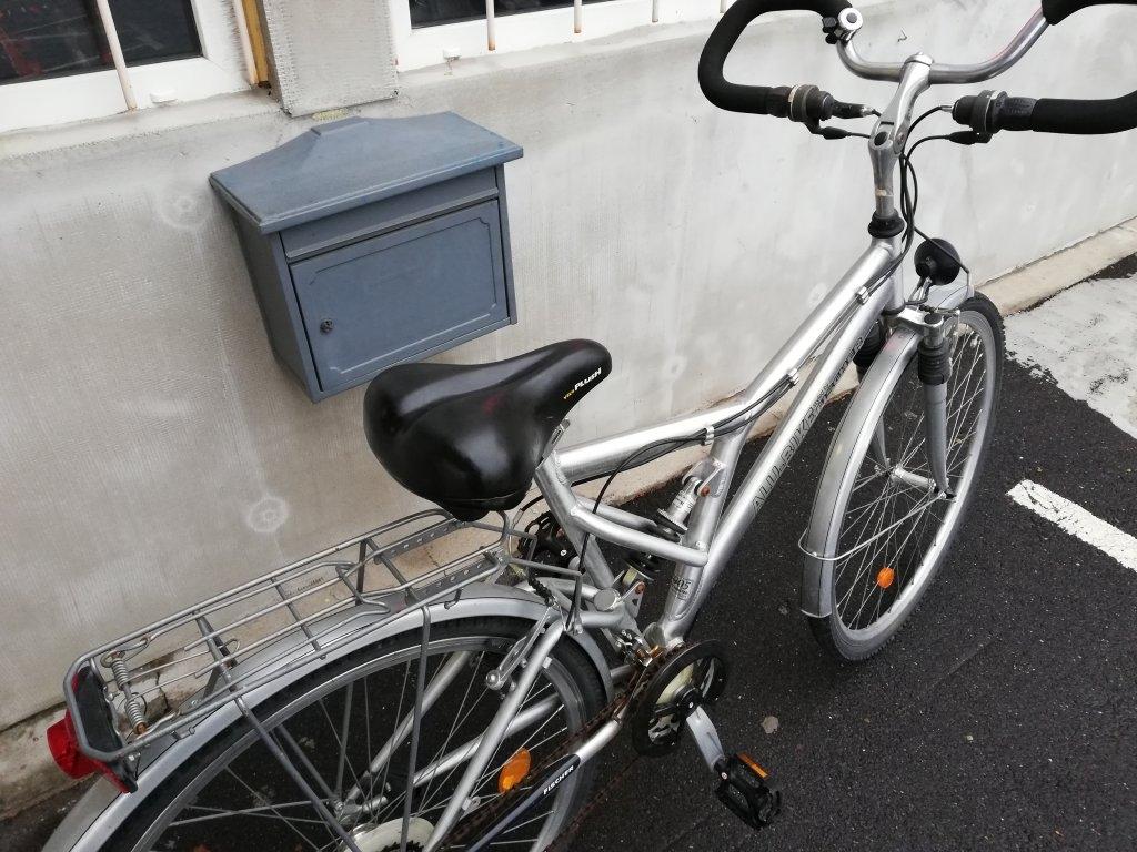 Újszerű FISCHER 28″ aluvázas őszteleszkópos kerékpár!