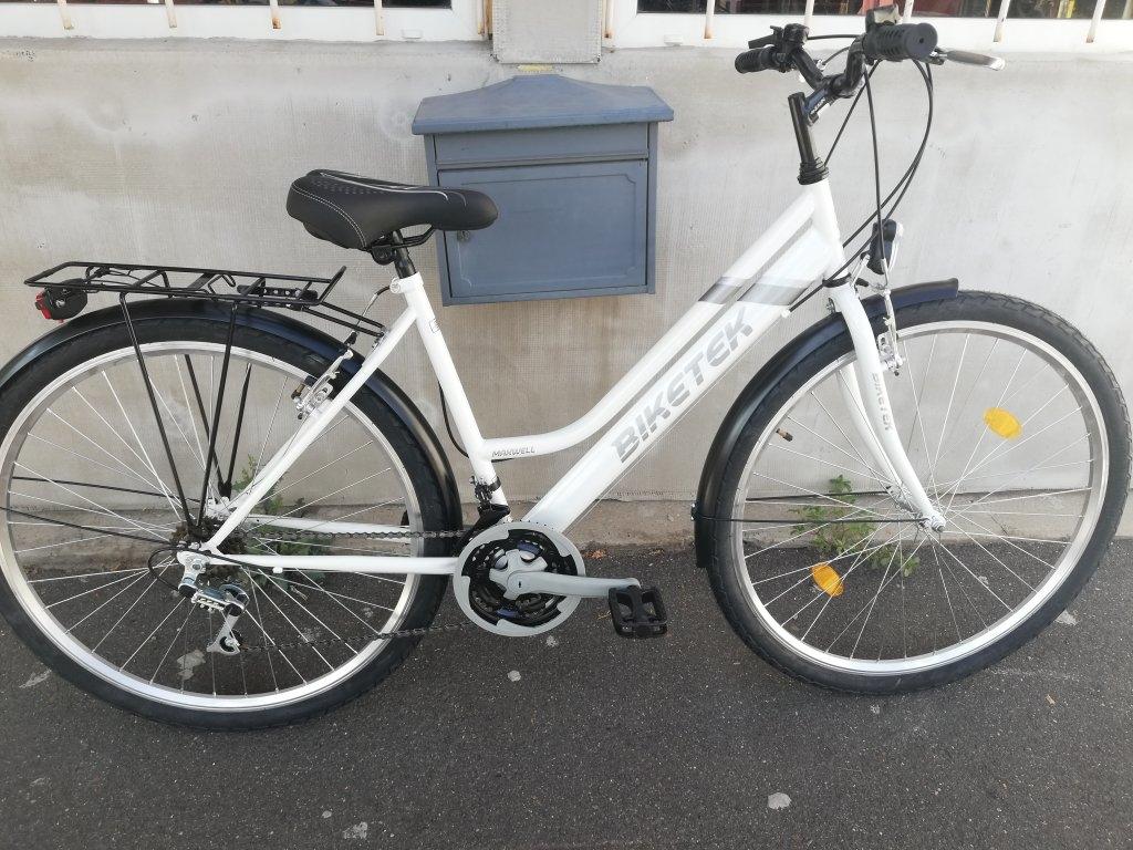 Új BIKETEK MAXWELL 28″ Női fehér kerékpár!
